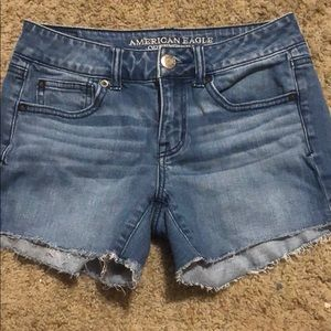 Sz 4 American Eagle Shorties
